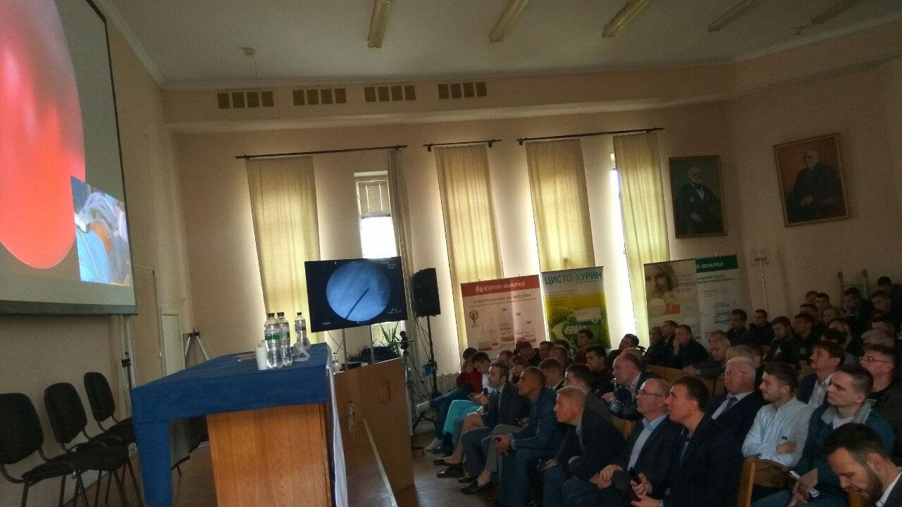 Оборудование для проведения четырехканальной онлайн трансляции операции, услуга или аренда. Киев, Украина. Компания Эквиптайм