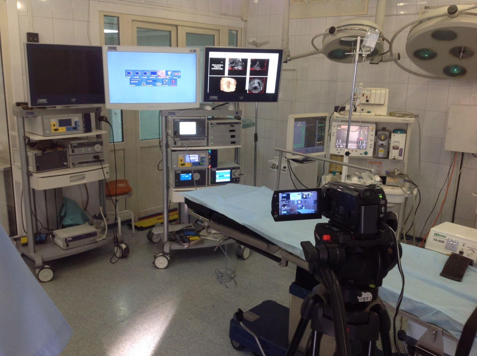 Оборудование для проведения онлайн трансляции операции в формате 3D, услуга или аренда. Киев, Украина. Компания Эквиптайм