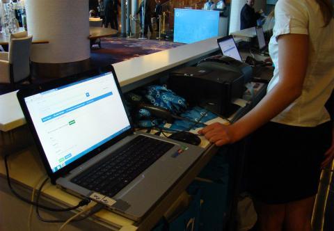 Электронная регистрация посетителей на мероприятии автоматизация выставок и конференций система регистрации и печати бейджей Киев Украина