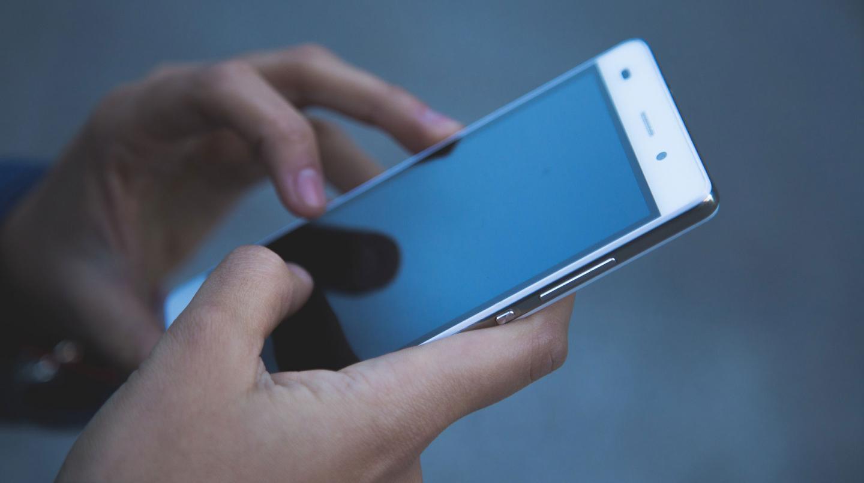 Синхронный перевод на мобильном телефоне Киев Украина